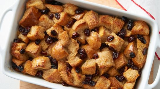 Cinnamon and raisin bread pudding for the endometriosis diet