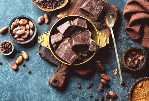 Benefits of cacao and chocolate for endometriosis