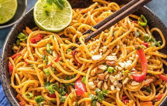 Spaghetti with peanut sauce for the endometriosis diet