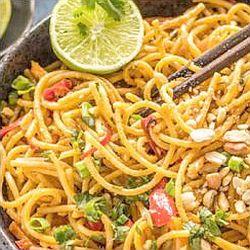 Spaghetti with peanut sauce - endometriosis diet
