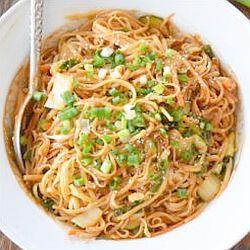 Pasta with chilli pesto - endometriosis diet