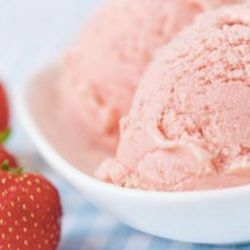 Strawberry and coconut ice cream - endometriosis diet friendly